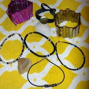 Jewelry - Lot of 7 -- Costume 🌞 Jewelry